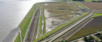 Twin Dyke: innovative combination of flood protection and salt water farming